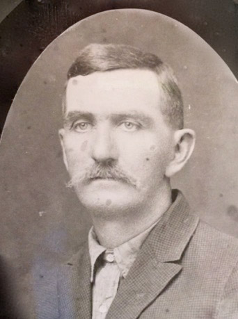 Daniel Washington Kaltreider (1867-1943)  Cattle Drover, Farmer, Husband, Father. Widower. General Store Owner. New Husband and New Father.