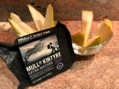 Mull of Kintyre is an extra mature Scottish cheddar. I enjoy it with Oregon Pears.